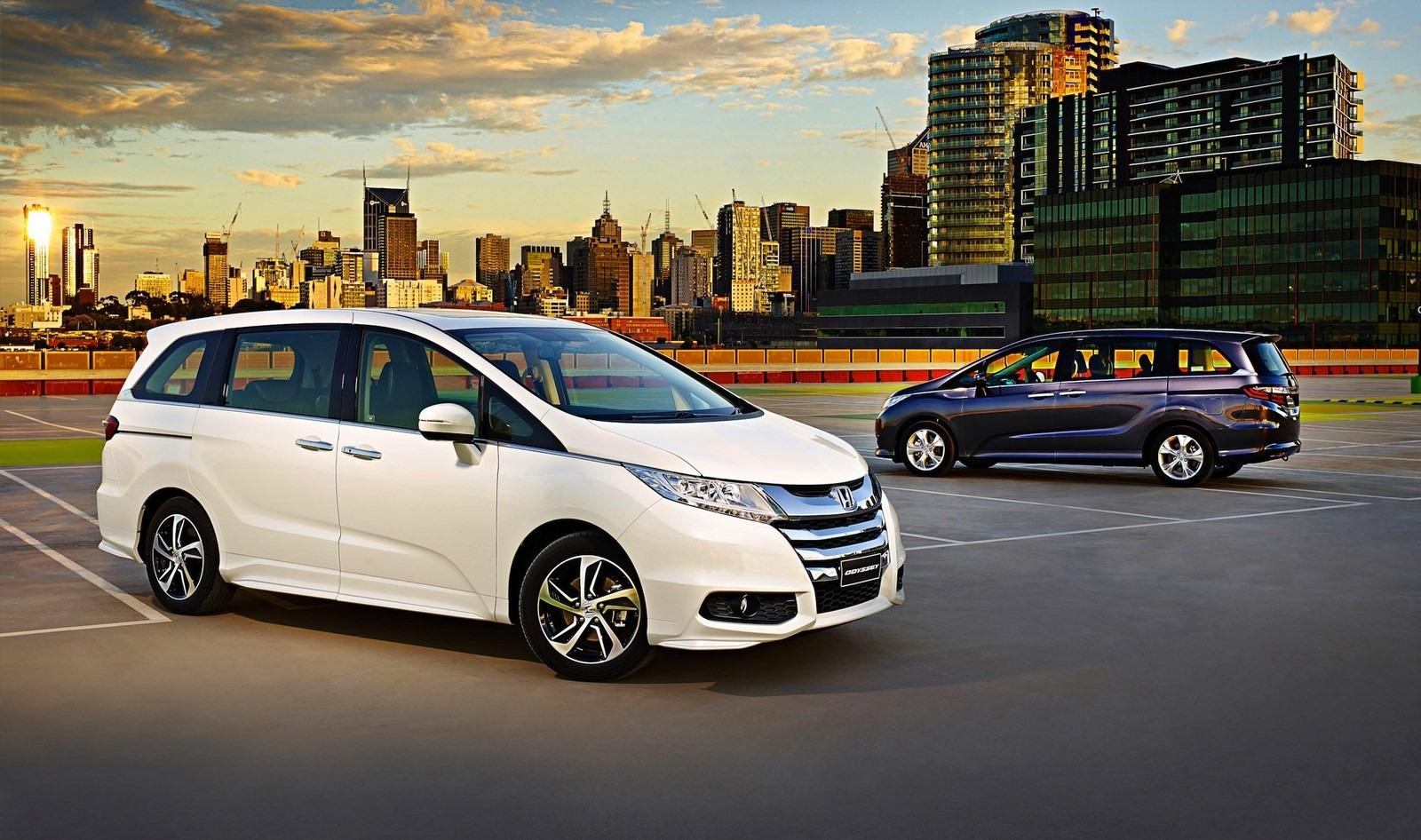 2015-Honda-Odyssey-Australia