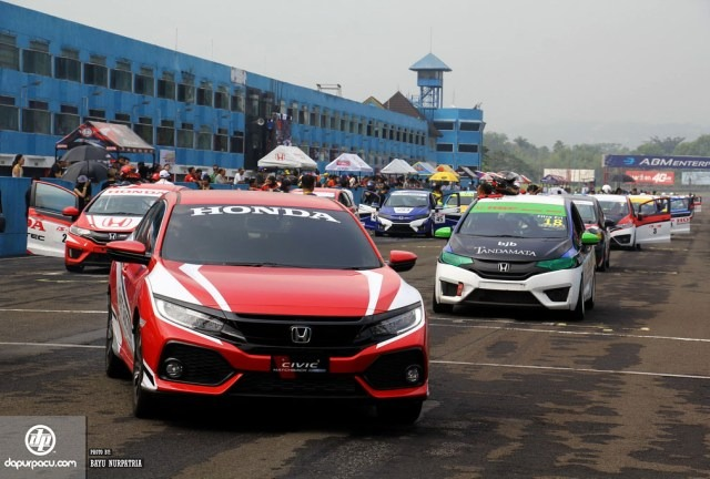 Honda-CivicTurbo-Issom-2017-Official-DP_3
