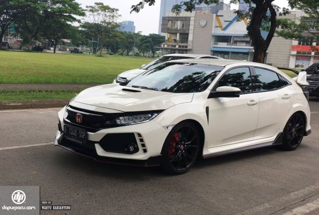 First-Drive-Honda-Civic-Type-R-5